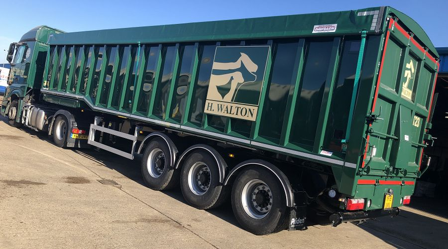 H Walton Receive Their First Hydraulic Drive Bulk Blowing Trailer